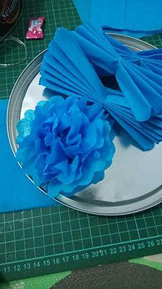 Diy pompom/ carnation flower, made by crape paper