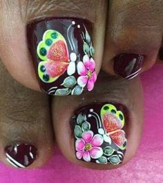 Daisy Nails, Erika, Floral, Flowers, Beauty, Finger Nails, Vestidos, Simple Toe Nails, Stiletto Nails