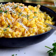 Transform the most simple ingredients into the most delicious side dish – Seasoned Creamy Cheesy Sweet Corn is just the thing you need to brighten up your main and your plate! Creamy, cheesy, sweet, and salty all in one! Sweet Corn Recipes, Side Dish Recipes, Side Dishes, Dinner Recipes, Veggie Dishes, Yummy Recipes, Keto Recipes, Cooking For Three, Smoked Cheese