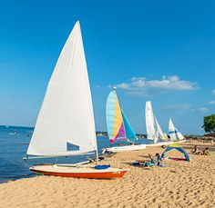 Between Chicago and Evanston, Illinois, there is a public beach for everyone. Play beach volleyball, rent a sailboat, or relax with a cocktail and a book.