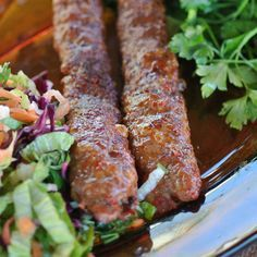 You can reach the real Adana Kebab recipe from this page. This kebab recipe brings you … - Fleisch Kebab Recipes, Beef Recipes, Adana Kebab Recipe, Turkish Kebab, Kebabs, Turkish Recipes, World Recipes, Easy Meals, Food And Drink