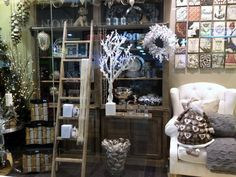 boutique window display ideas for valentine's | Here's the window display at my favourite homewares shop Alfresco ...