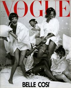 Linda Evangelista , Amber Valletta , Christy Turlington Naomi Campbell & Shalom Harlow Cover Vogue Italia - May 1993 Photographer: Steven Meisel Vogue Vintage, Capas Vintage Da Vogue, Vintage Vogue Covers, Fashion Vintage, Vintage Style, Linda Evangelista, Christy Turlington, Mode Poster, Vogue Magazine Covers
