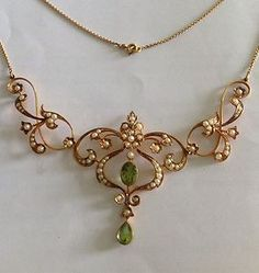 Victorian 15ct Gold Natural Peridot Seed Pearl Necklace