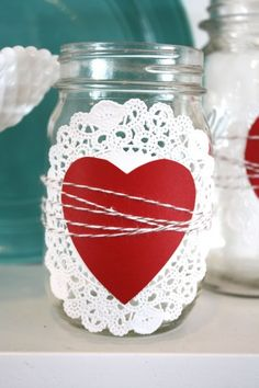 Looking to sweeten up your mason jars for Valentine's Day? Here are several mason jar ideas for Valentine's Day! Valentine Day Love, Valentines Day Party, Valentines Day Decorations, Valentine Day Crafts, Mason Jars, Mason Jar Gifts, Chocolate Bonbon, Valentines Bricolage, Happy Hearts Day