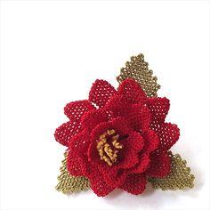 イーネ・オヤ刺繍針で作る繊細なレースブローチ・コサージュ/レッド