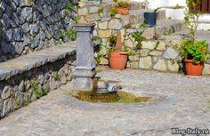 Уличный фонтан Скалея (Италия)