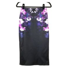 Kardashian Kollection Pencil Skirt Fitted stretch pencil skirt from Kardashian Kollection with flower detail. This sexy skirt is great for work or going out. Brand new - never worn. Kardashian Kollection Skirts Midi