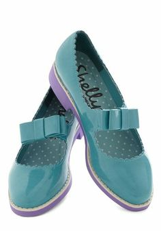 Shelly's London Cute Vinatge Patent Leather Gloss April Day Flat