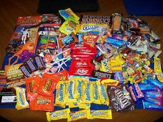 A giant selection of wholesale candy bars with big names like Hersheys, Kit Kat, M&M, Milky Way plus, Mars, Nestle