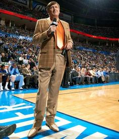 Mr. Craig Sager #CraigSager #CraigSagerandHisCustomSuits #RexFabrics #CustomSuits#CraigSagerSuits #BespokeSuits #BestDressedManinSports  #Style #MenStyle #Fashion #FashionSuits