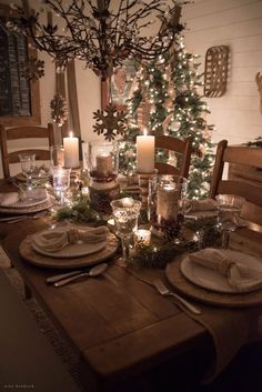 If you are in the mood for some cosy Christmas decor, then you'll definitely want to tour our Christmas home all lit up for nighttime in the Christmas Nights Tour! #RusticChristmas #ChristmasNightTour #RusticChristmasDecor