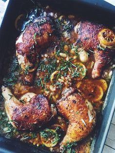 Tuscan Lemon Thyme Chicken with Crispy Pancetta – A Winter Delight Great Recipes, Dinner Recipes, Favorite Recipes, Lemon Thyme Chicken, Comida Keto, Tuscan Chicken, Good Food, Yummy Food, Cooking Recipes
