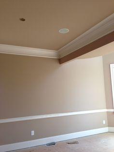 formal living room crown molding