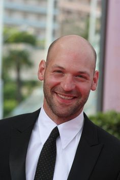 corey stoll - House of Cards, North Country, C. Corey Stoll, Blue Green Eyes, Male Pattern Baldness, Actors Male, Bald Men, Cool Hairstyles, Hairstyles Haircuts, Famous Men, Guy Pictures