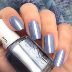 swatch essie blue rhapsody by LackTraviata