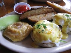 "Community blogger Aliza of ""Savoring Saratoga""...Review of: Lillian's"