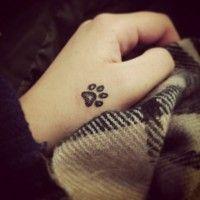#dogalize Tatuaggio zampa cane: simbolo di amore e fedeltà #dogs #cats #pets
