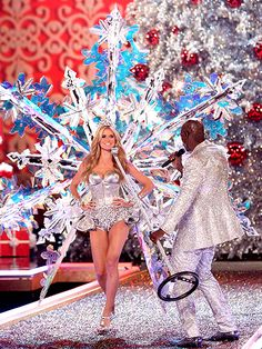 Victoria's Secret Fashion Show: Best Moments Ever: Heidi Klum & Seal's Duet