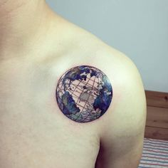 Planet earth tattoo on the left shoulder.Planet earth tattoo on the left shoulder. Map Tattoos, Bild Tattoos, Body Art Tattoos, Tatoos, Tattoos Pics, Travel Tattoos, Tattoos Gallery, Tattoo Life, World Tattoo