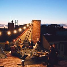 Rooftop dining Magic!