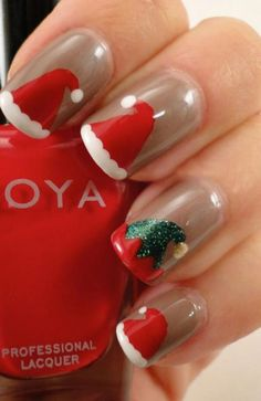 Get into the spirit of the season and dress those nails with the cutest colours and Christmas nail art ideas, here are a few nail art designs to choose from. Christmas Gel Nails, Christmas Nail Art Designs, Holiday Nails, Christmas Makeup, Winter Nail Art, Winter Nails, Ongles Gel French, Belle Nails, Nail Art Noel