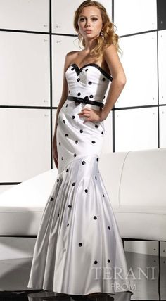 Polka dot clothes and accessories | Polka Dot Wedding Dress | Wedding Dresses Avenue