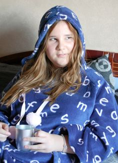 All is better with a tea in your hand  #realwoman #psstyle  #home #soft #cozy #hood #tea