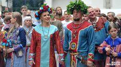 Silk block printed Rus garments. Rus wedding? Anyone know the details?