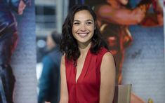 Download wallpapers Gal Gadot, Hollywood, 2017, israeli actress, beauty, smile