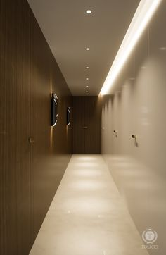 tolicci, luxury modern corridor, light, lamp, italian design, interior design, luxusna moderna chodba, svetlo, svietidlo, taliansky dizajn, navrh interieru Corridor, Bathtub, Interior Design, Bathroom, Luxury, Modern, T5, Standing Bath, Nest Design