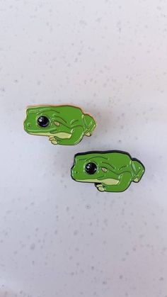 GRAPHICS /& MORE South American Tree Frog Hanging Out Round Tie Bar Clip Clasp Tack Gold Color Plated