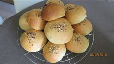 Topfenbrötchen | einfach und lecker - Rezept von Kuechenschelle Hamburger, Bread, Food, Food Food, Backen, Meal, Brot, Eten, Hamburgers
