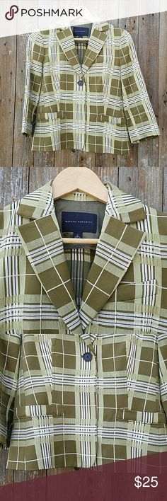Banana Republic Green Plaid 3/4 Sleeve Blazer Green Plaid. 3/4 Sleeves. 1 Button Closure. Fully Lined 2  pockets Bust is 36 inches Sleeve Length is 17 inches Length of blazer is 21.5 inches Shell is 58% Cotton & 42% Acetate Lining is 100% Acetate Banana Republic Jackets & Coats Blazers