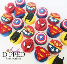 Matching Oreos for the Chi Chi Charity Classic, in collaboration with Chocolate Covered Treats, Chocolate Dipped Cookies, Cute Cookies, Oreo Cookies, Oreo Treats, Oreo Desserts, Plated Desserts, Oreo Pops, Superhero Cookies