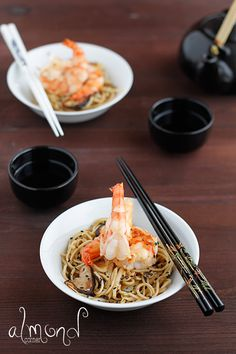 Prawns with Shiitake Mushrooms and Noodles