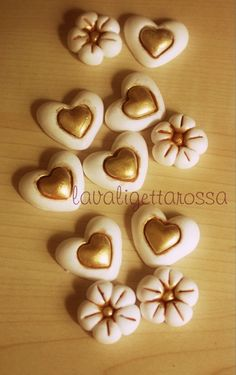 Crea Fimo, Fimo Clay, Clay Beads, Biscuit, Crafts To Make, Diy Crafts, Fancy Cookies, Pasta Flexible, Salt Dough