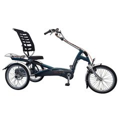Looking for a tricycle with backrest and specially developed for adults? Check the Van Raam Easy Rider. Elektric pedal support is possible. Three Wheel Bicycle, Adult Tricycle, Electric Tricycle, Recumbent Bicycle, Third Wheel, Bike Pedals, E Scooter, Cargo Bike, Easy Rider