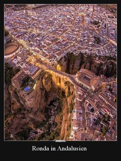Ronda Spain - Architecture and Urban Living - Modern and Historical Buildings - City Planning - Travel Photography Destinations - Amazing Beautiful Places Ronda Malaga, Wonderful Places, Beautiful Places, Ronda Spain, Andalucia Spain, Malaga Spain, Strange Photos, Crazy Photos, Destination Voyage