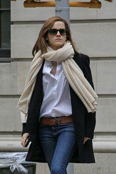 emma watson outfit casual - Buscar con Google