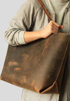 30 Most Hottest Hobo Bags These Days (22)
