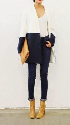 Для жительниц России особенно актуально стоит выбор верхней одежды и создание облика для холодного времени года в целом. К сожалению, приме...