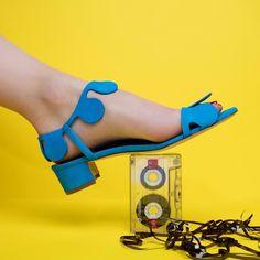 Manolo Blahnik Source by Pretty Shoes, Cute Shoes, Me Too Shoes, Creative Shoes, Manolo Blahnik Heels, Womens Training Shoes, Slingbacks, Fashion Heels, Shoe Collection