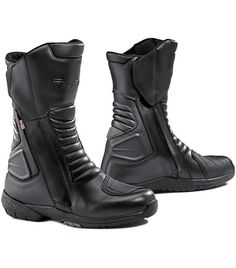 Waterproofing is now best achieved by revolutionary OutDry technology, which features in these new Forma Cortina Boots. Your feet will stay nice 'n' dry with these little beauties.