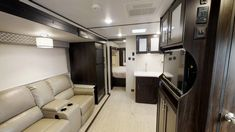 Explore Tracer in Rv Floor Plans, Travel Sketchbook, Fresh Water Tank, Prime Time, Fifth Wheel, Home Appliances, Flooring, Travel Trailers, How To Plan