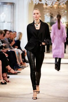 Ralph Lauren Resort 2014 Fashion Show Passion For Fashion, Love Fashion, Runway Fashion, High Fashion, Winter Fashion, Fashion Show, Womens Fashion, Fashion Design, Fashion Brands