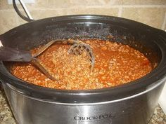 Hot Dog Chili Sauce in the crock pot! Slow Cooker Chili, Crock Pot Slow Cooker, Crock Pot Cooking, Slow Cooker Recipes, Crockpot Recipes, Cooking Recipes, Budget Recipes, Coney Dog Sauce, Hot Dog Sauce
