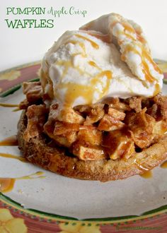 Use Eggo Waffles to make this easy Pumpkin Apple Crisp Waffle Recipe! Perfect for an Autumn breakfast or as a dessert with that Fall Meal. Yummy Waffles, Eggo Waffles, Pancakes And Waffles, Homemade Waffles, Breakfast Pancakes, Fall Breakfast, Breakfast Recipes, Dessert Recipes, Breakfast Ideas
