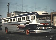 Public Service GMC4104 built in 1948