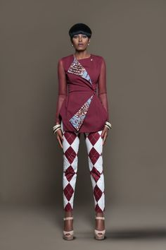 ▷ 1001 + ideas of stylish African print and how to wear it short black hair, african print maxi dres African Print Dresses, African Dresses For Women, African Wear, African Attire, African Fashion Dresses, African Women, Fashion Outfits, African Prints, Ankara Fashion
